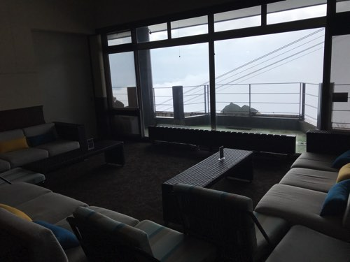 琵琶湖テラス ソファ席